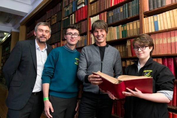 Professor Brian Cox inspires Ireland's future scientists at ECOC 2019