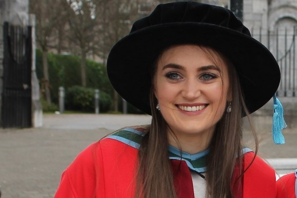 Dr Lisa Helen graduates with her PhD Tyndall National Institute, University College Cork